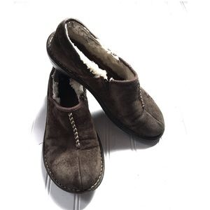UGGs Australia brown leather sheepskin mic loafers